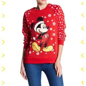 NWOT Disney Mickey Mouse Christmas pulloverXL
